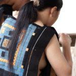 【画像あり】 横乳がクッソエロい民族衣装wwwwwwwwwwwwwwwwwwwwwww土人感がたまらんわwwwwwwwwww
