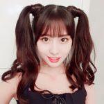 【悲報】韓国・TWICEの日本人メンバー・モモさん、ツインテールにして日本のオタクに媚びてしまう… (※画像あり↓)