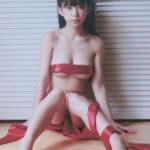 長澤茉里奈(22)の過激すぎるリボンセミヌードがエロいww【エロ画像↓】