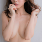 田中みな実(31)が水着姿で自宅で過ごしているらしいww【エロ画像↓】