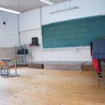美少女中学生を呼び出し、理科室でコスプレ撮影していた講師を懲戒免職処分www(画像↓)
