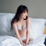 高山一実(25)のバカ売れ必至の写真集の先行カットがぐうシコww【エロ画像】