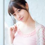 橋本環奈、「ヤングマガジン」で最新着衣おっぱい披露 奇跡の美少女がオトナ♡の魅力全開 ※画像あり